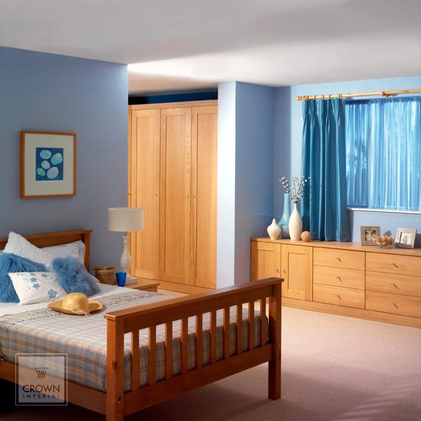 Bedroom fitter bespoke bedroom design in essex for Bedroom furniture essex